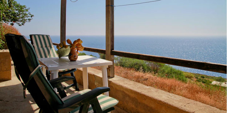Soggiorno Pantelleria : Al vecchio pontile affitto dammusi